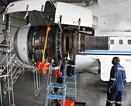 aircraft-maintenance-aerospace-montreal-Quebec-engineers-pilots-EDIWeekly