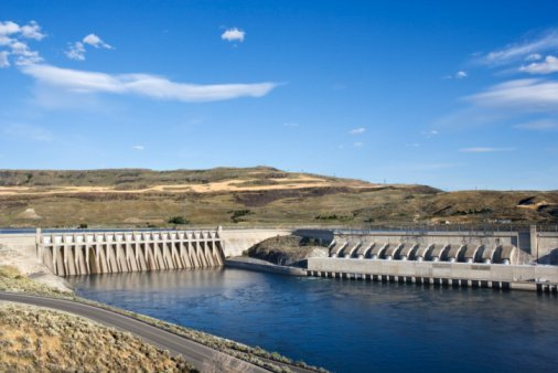hydroelectric-power-grid-renewable-electricity-solar-wind-EDIWeekly