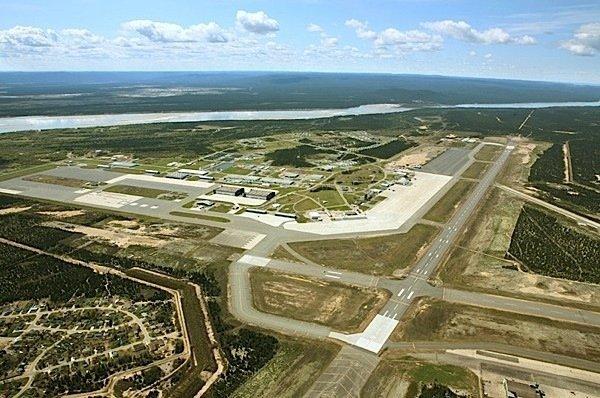 Canada Goose Quebec Airports