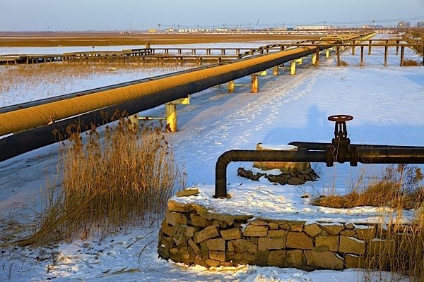 oil-pipeline-KeystoneXL-TransCanada-Barack-Obama-John-Kerry-Republicans-Boehner-Congress-EDIWeekly