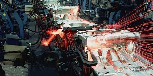 auto-assembly-workers-Windsor-Essex-industry-EDIWeekly