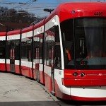 Bombardier promises to deal with Toronto's streetcars, while CSeries sales take off