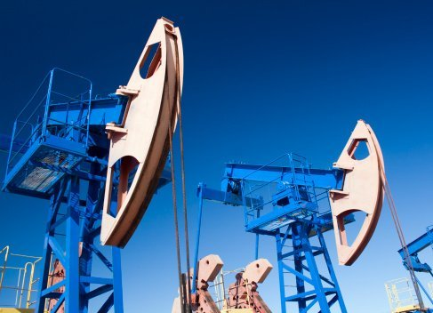 oil-extraction-oilwells-industry-economy-growth-Canada-EDIWeekly