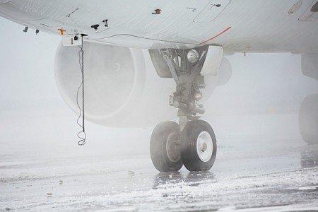 runway snow concrete nanofibre carbon electricity conductivity cement EFIWeekly