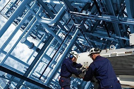 oil refinery workers resources wages industry EDIWeekly