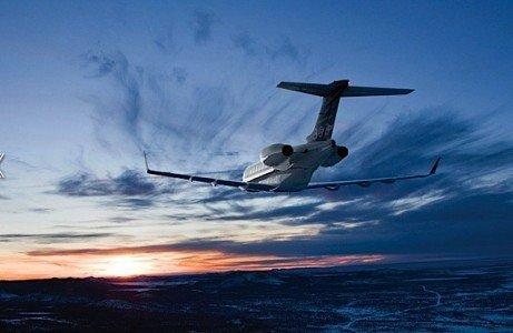 Challenger350 Bombardier business jet NetJets Berkshire Hathaway Warrenn Buffett Railpool TRAXX locomotive EDIWeekly