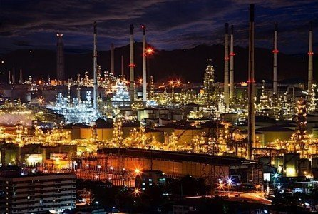 petrochemical refinery petroleum fossil fuels investment energy IEA EDIWeekly
