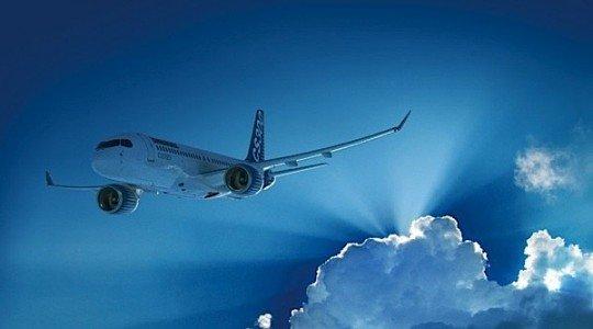 Bombardier CSeries CS300 Macquarie AirFinance jetliner lessor airlines flight test