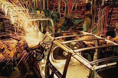 GM auto assembly UNIFOR Oshawa Camaro manufacturing EDIWeekly