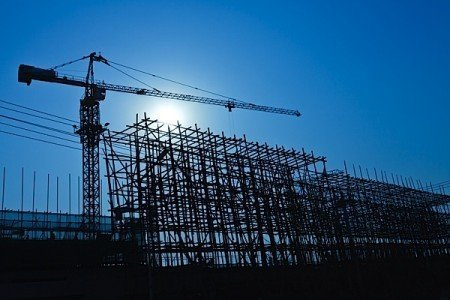 construction crane scaffold Canada BuildForce mobility labout shortage skilled bricklayer electrician manager EllisDon EDIWeekly