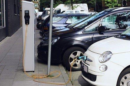 EV Ontario Ford Focus BMW Smart GM Nissan Leaf KIA Soul greenhouse emissions Condo.ca