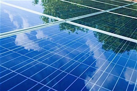 WEF solar power electricity investment energy cost greenhouse emissions Condo.ca 452x300 1