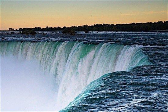 hydro power niagara falls workers Canada green energy hydro emissions environment EDI Weekly