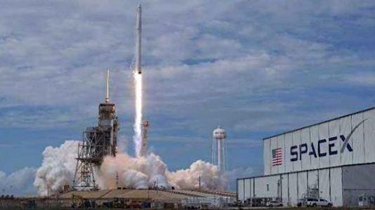 Falcon 9 1 560