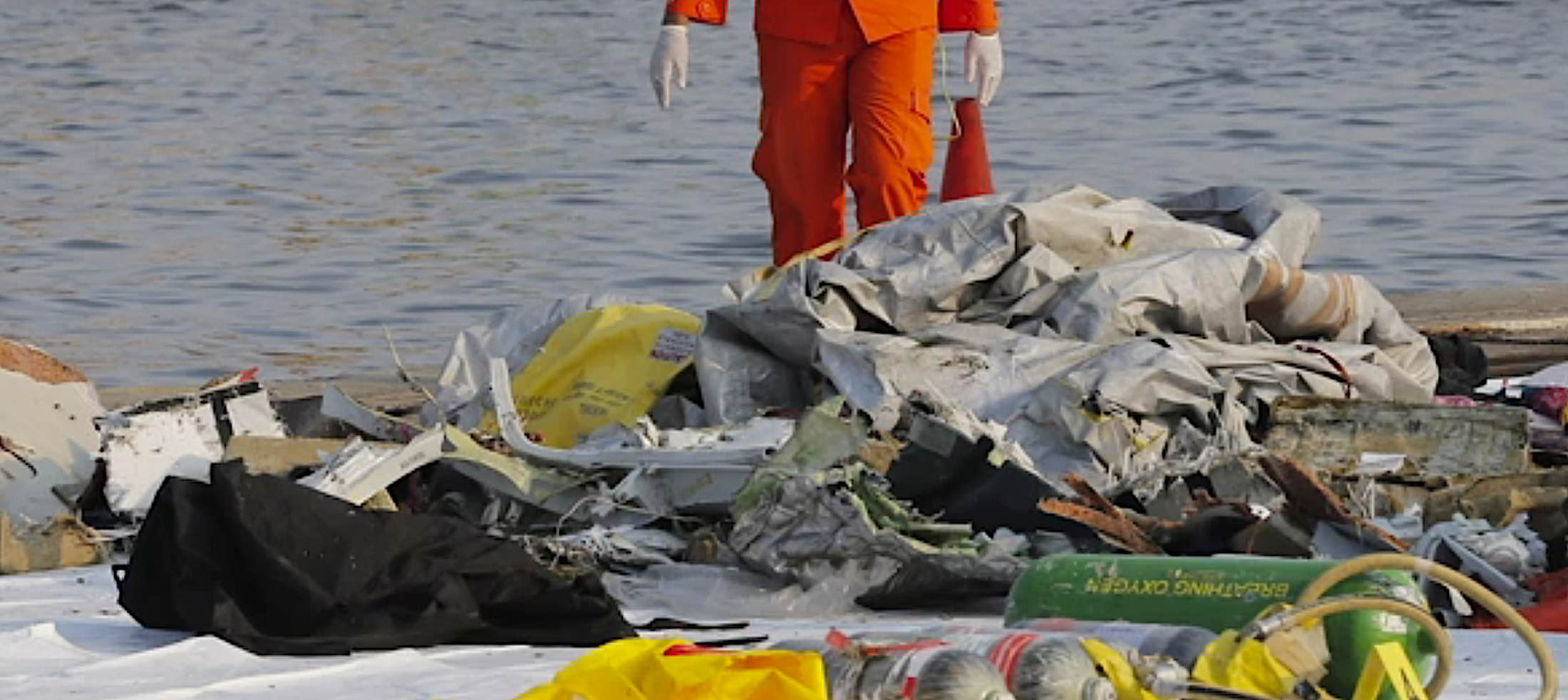 Engineered Design Insider Debris from Lion Air Flight 610 a Boeing 737 MAX 8 that crashed 3Oil Gas Automotive Aerospace Industry Magazine
