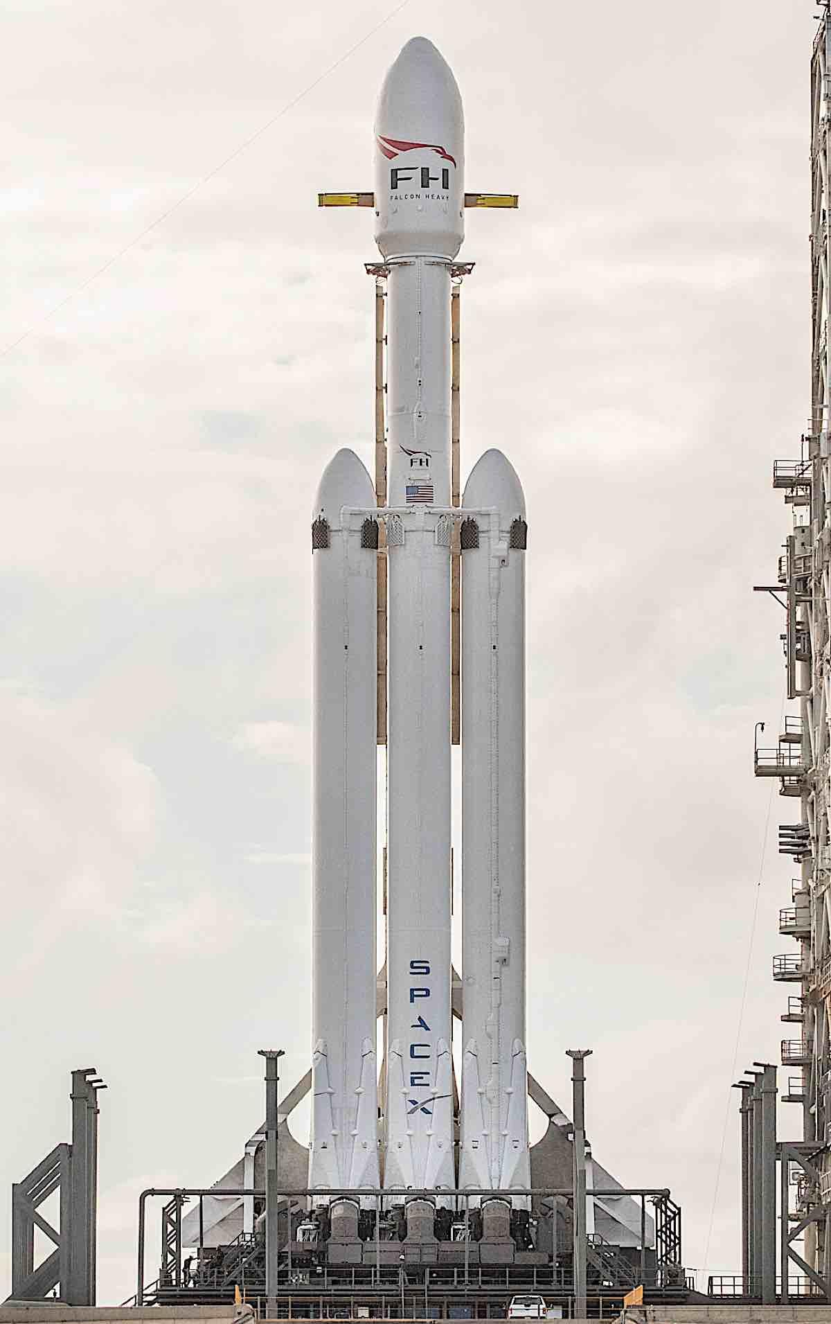 Engineered Design Insider Falcon Heavy croppedOil Gas Automotive Aerospace Industry Magazine