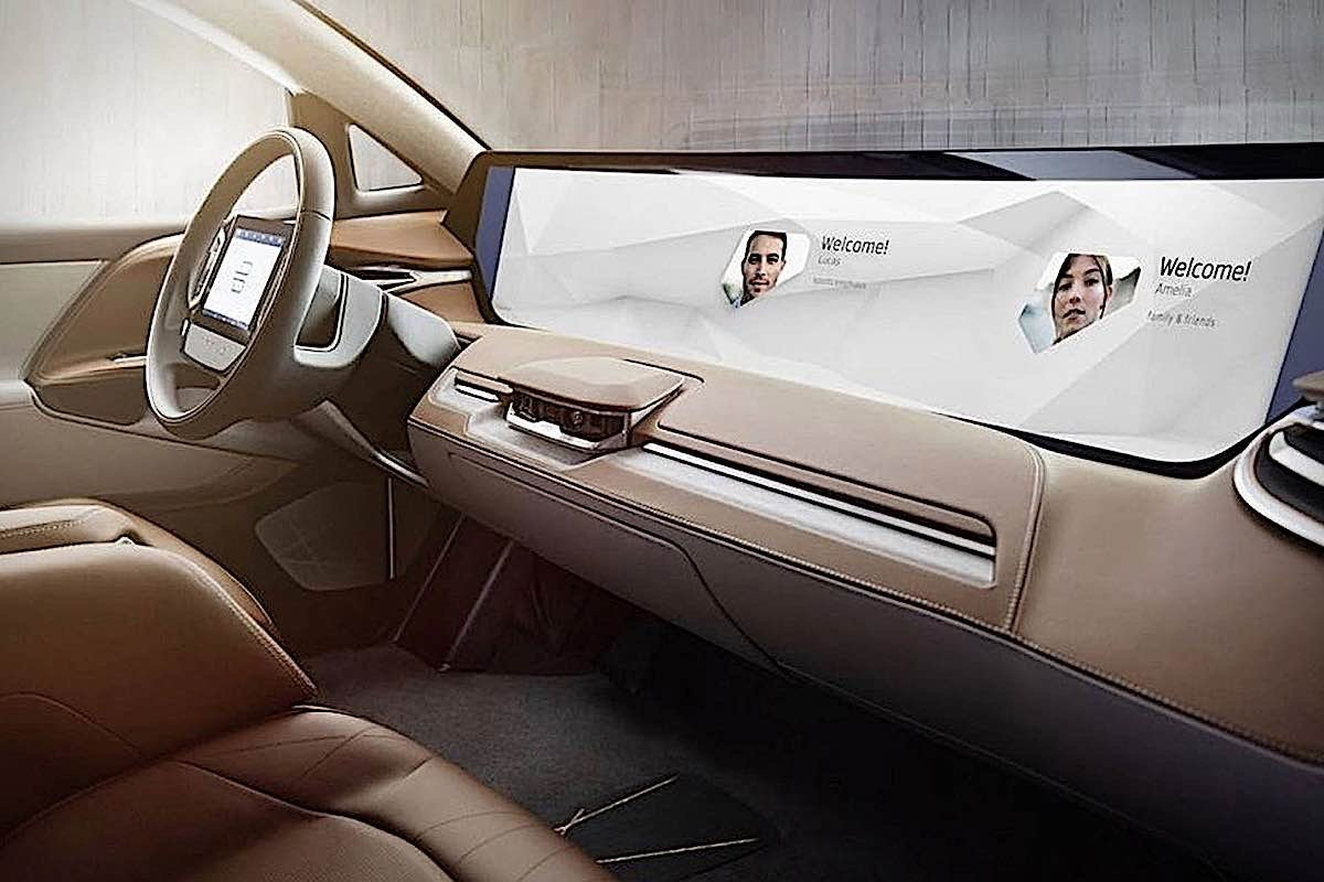 """Self-Driving Cars: Virtual Reality's role in """"boredom on the road"""" for passengers of autonomous vehicles"""